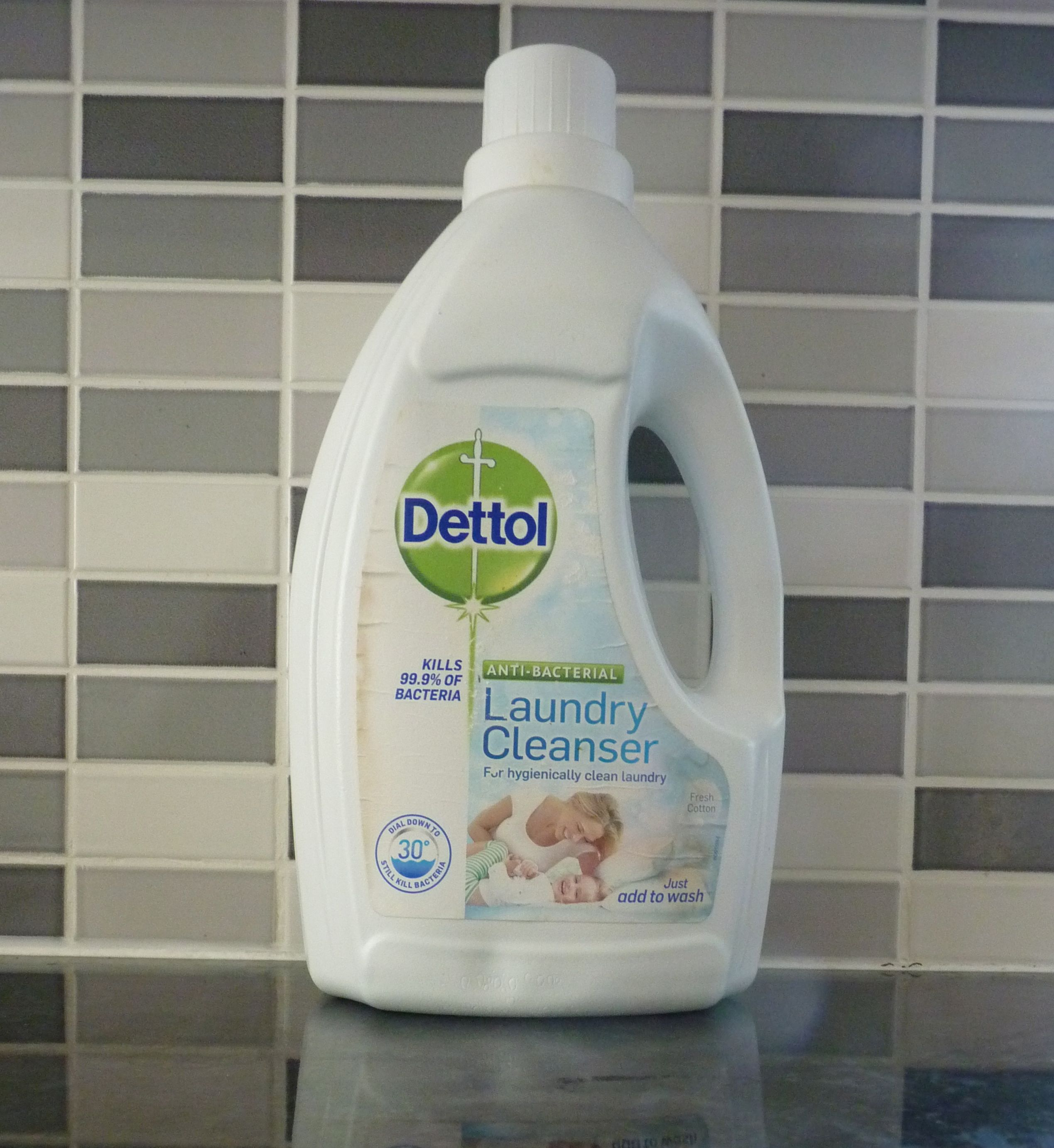Dettol Anti Bacteria Laundry Cleaner Review